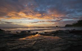 Картинка волны, небо, лучи, закат, камни, вид, солнца, пейзаж. природа, берег. море