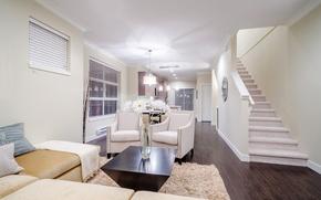 Картинка цветы, дизайн, дом, стиль, белое, интерьер, кресло, лестница, гостиная