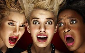 Картинка girl, green eyes, long hair, close-up, woman, face, scream, brunette, assassins, blonde, head, necklace, brown …