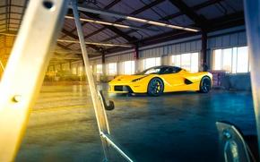 Картинка Ferrari, Front, Sun, Yellow, Supercar, LaFerrari, Beam, Angar
