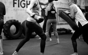 Картинка kickboxing, white and black, training