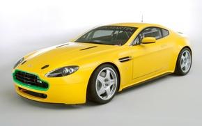 Картинка Aston Martin, Машина, Желтая, Астон Мартин