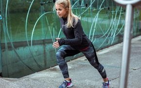 Обои blonde, running track, running, training, athlete, Maren schiller