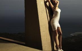 Картинка Megan Fox, платье, в белом