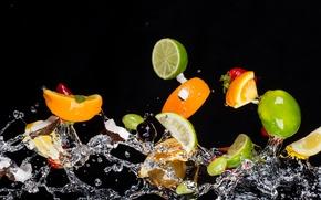 Картинка вода, ягоды, фрукты, чёрный фон