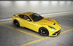Картинка полосы, жёлтый, парковка, ferrari, феррари, yellow, вид сверху, F12 berlinetta, ф12 берлинетта