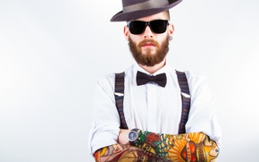Картинка fashion, pose, tattoos, shirt, sunglasses, beard