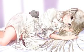 Обои девочка, игрушка, лежит, кролик, kasugano sora, yosuga no sora