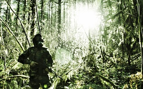 Картинка лес, оружие, автомат, противогаз, мужчина, камуфляж
