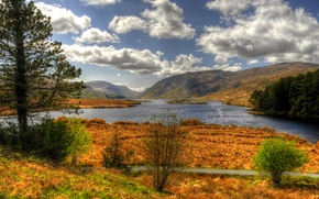 Обои Glenveagh National Park, Ирландия, горы, деревья, осень, небо, река, облака