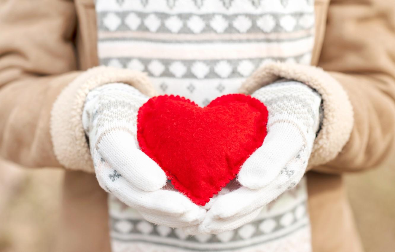 Фото обои зима, любовь, сердце, love, heart, winter, варежки, romantic, sweet, hands