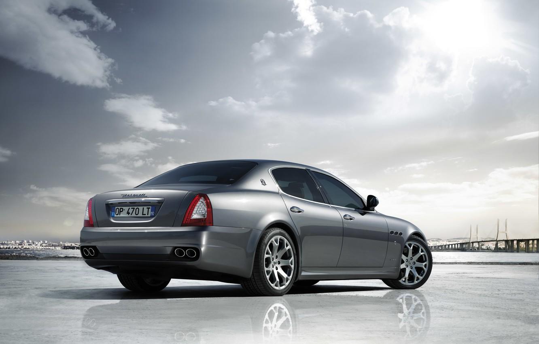 Фото обои Maserati, Quattroporte, Солнце, Небо, Отражение, Машина, Серебро