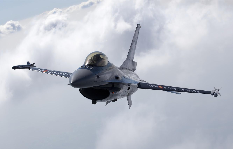 Фото обои Небо, Облака, Фото, Полет, Истребитель, Высота, Fighting, F-16, Falcon, Многоцелевой