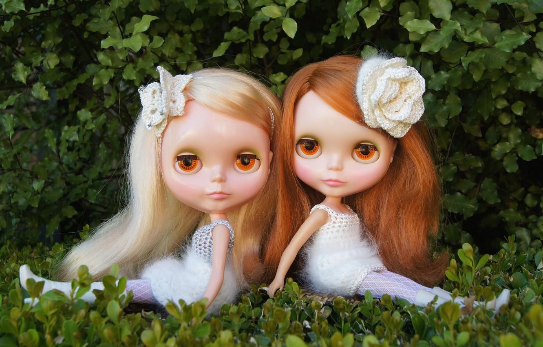 Фото обои природа, девочки, игрушки, куклы, сидят, длинные волосы