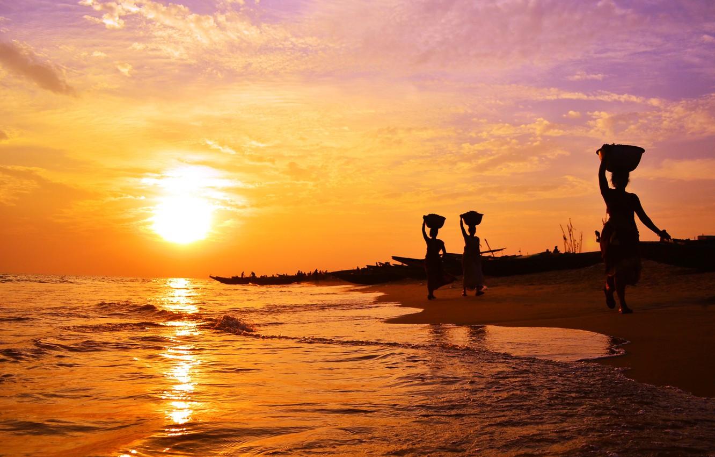 Фото обои море, женщины, солнце, вечер, Индия, прибой