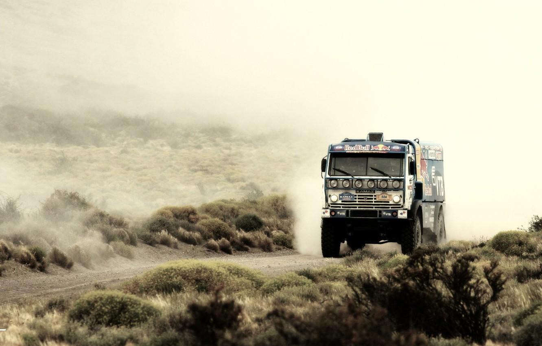 можно грузовики камаз фотообои наградой