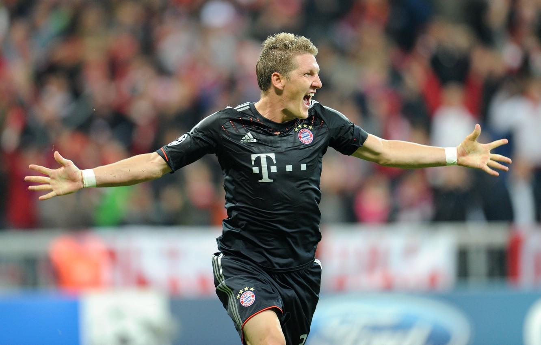 Фото обои футбол, звезда, star, футболист, лидер, football, Бавария Мюнхен, Bastian Schweinsteiger, Бастиан Швайнштайгер, Bayern Munchen