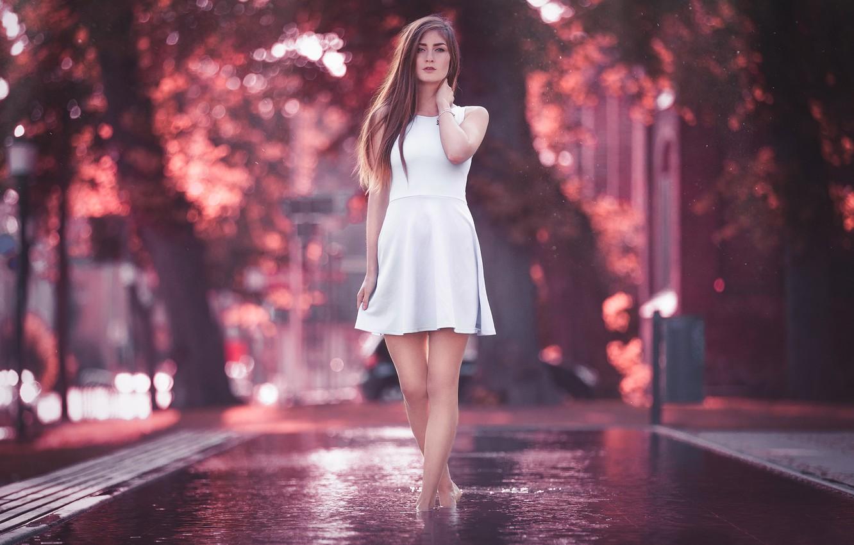 Фото обои Girl, Light, Purple, Model, Water, Color, White, Beauty, Summer, Bokeh, Cute, Fashion, Dress, Outdoor