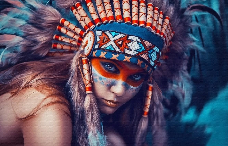 Фото обои девушка, портрет, текстура, перья, головной убор, индианка, боевая раскраска, типа картина