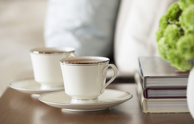 Фото обои чай, книги, кофе, еда, тарелка, кружка, чашка, белый фон, зеленое, учебники