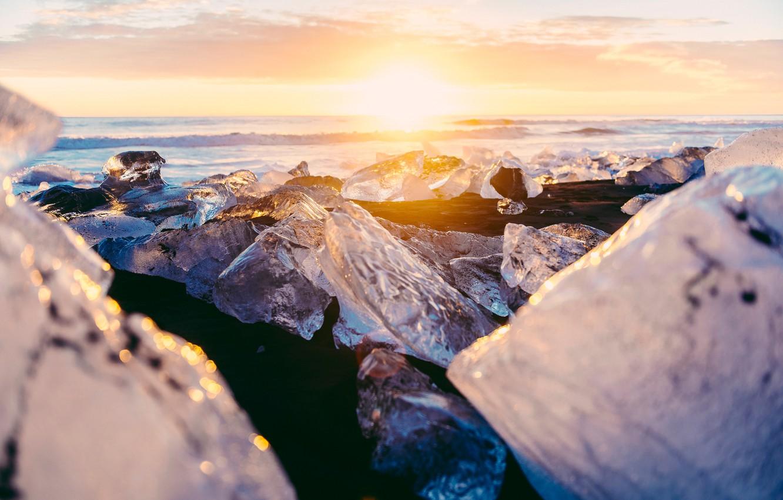 Фото обои зима, солнце, свет, блики, лёд, Исландия, боке, Декабрь, ледниковая лагуна Йёкюльсаурлоун
