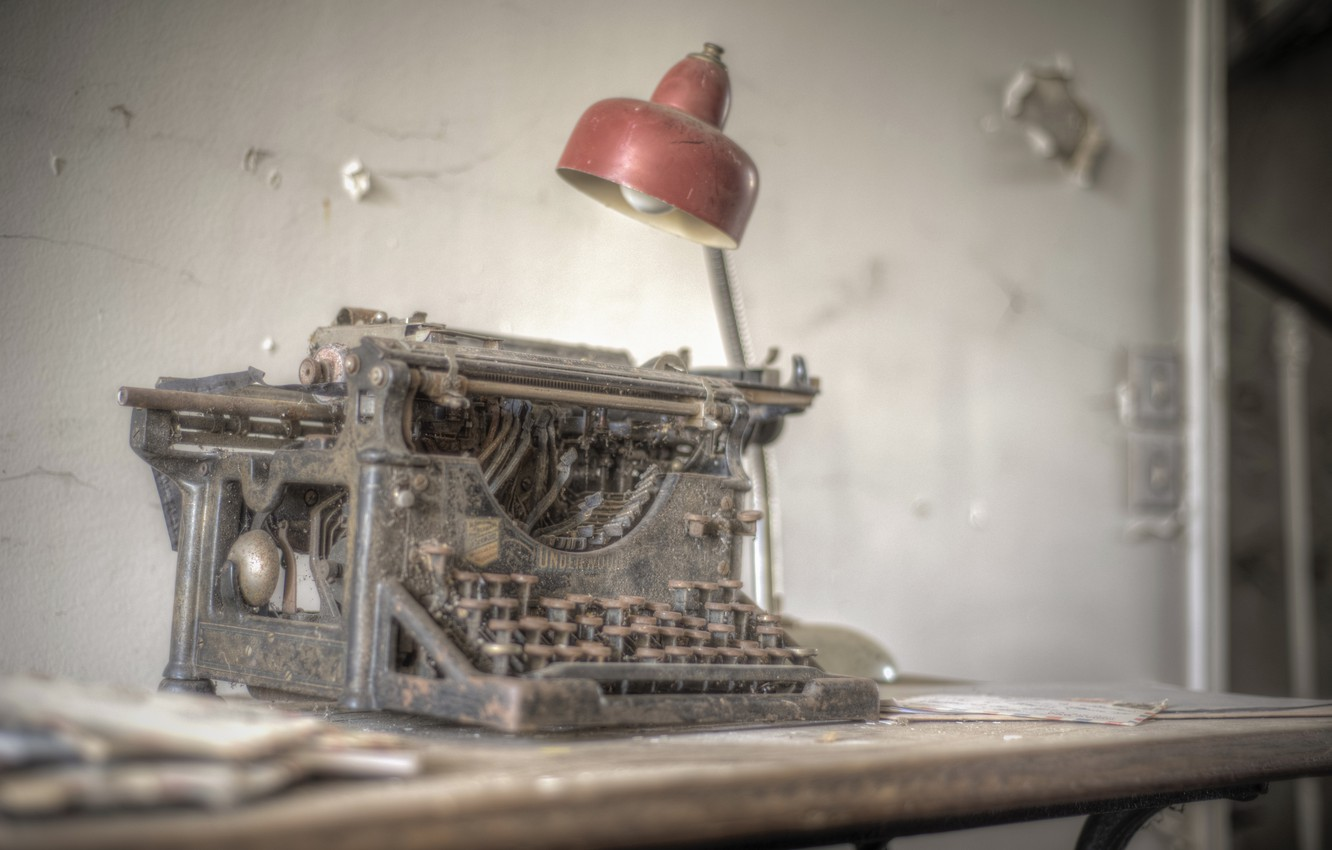 Фото обои Lost, Abandoned, Typewriter