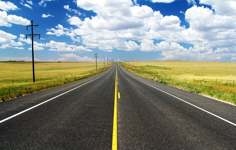 Фото обои дорога, небо, трава, облака, разметка, поля, лэп