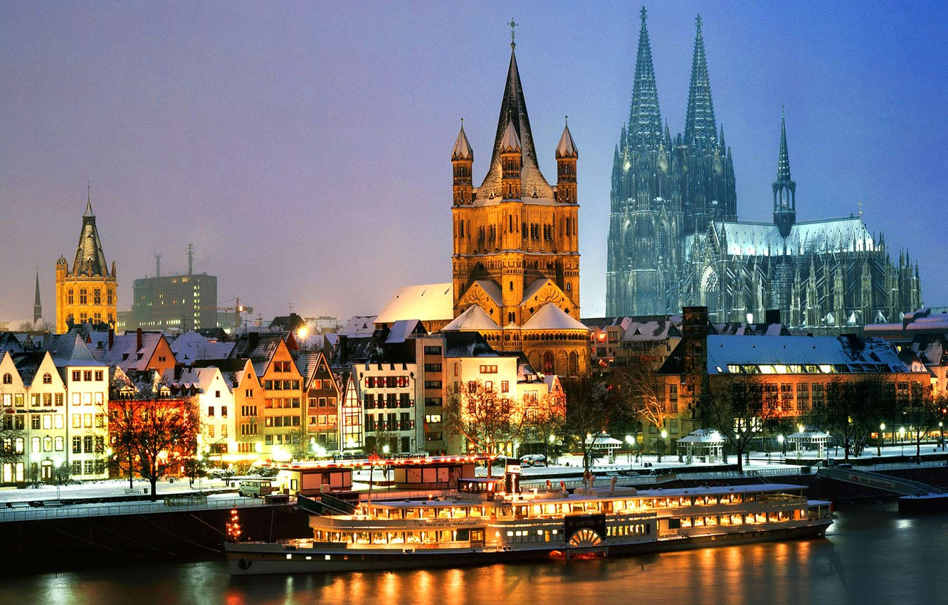 hudson-cologne-germany-at-night-mom-ass-girl