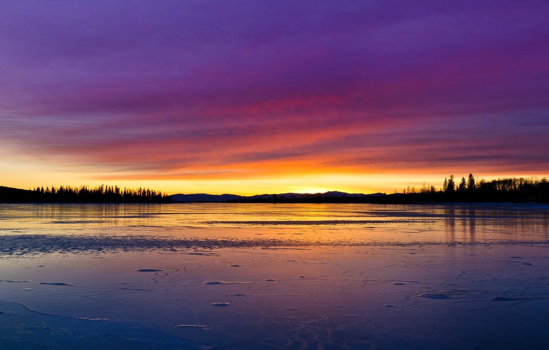 Фото обои небо, облака, деревья, пейзаж, закат, природа, озеро, отражение, краски, лёд, colors, ice, sky, trees, landscape, …