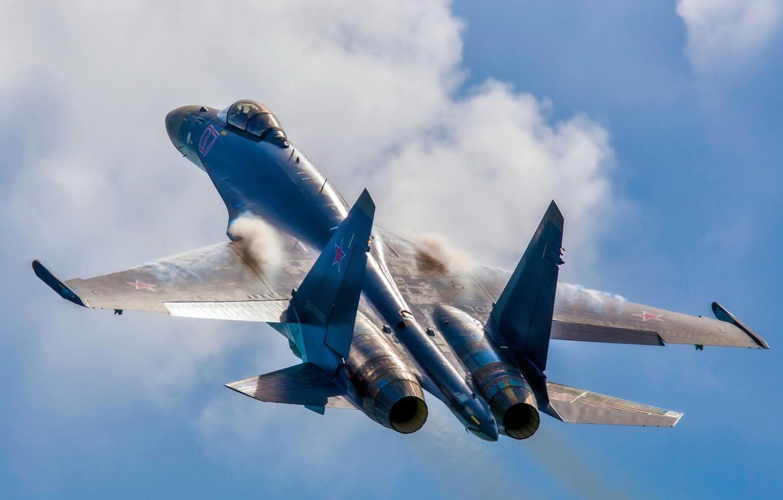 уменьшает ваш фото истребителей россии в небе клубы