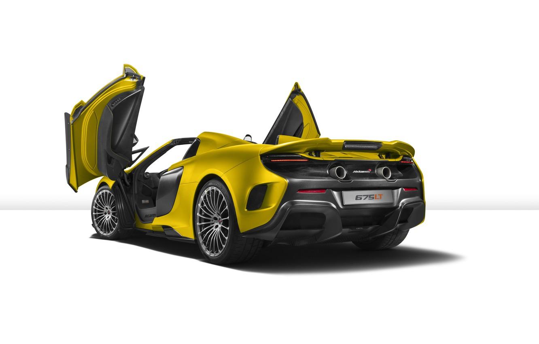 Фото обои McLaren, белый фон, суперкар, макларен, Spider, 675LT