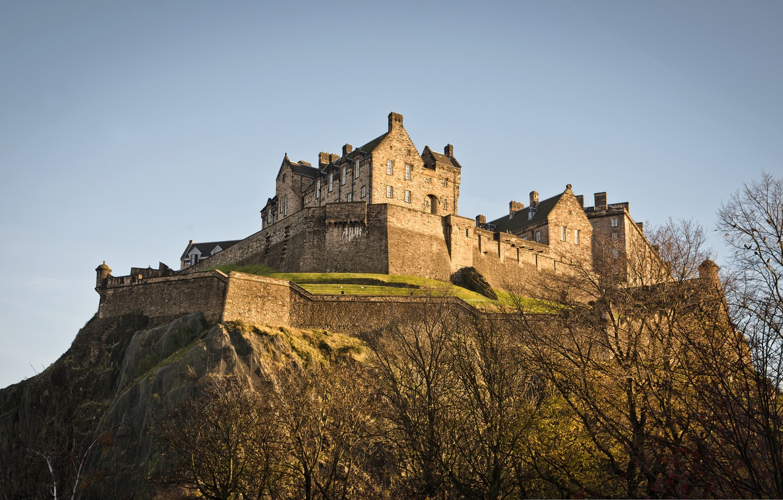 Обои замок, холм, эдинбург, edinburgh, Шотландия. Пейзажи foto 7