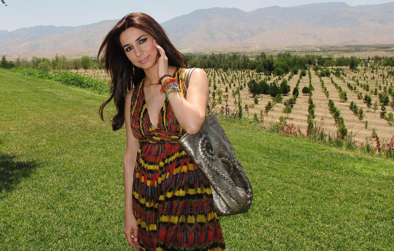 фото самых красивых армяночек мира отличием четырехдверных шкафов-купе