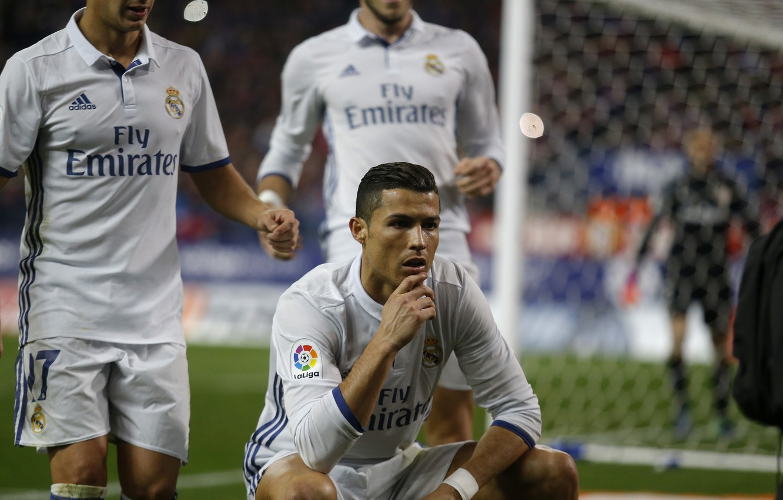 Фото обои улыбка, футбол, Португалия, Cristiano Ronaldo, легенда, футболист, гол, игроки, football, CR7, игрок, празднование, Реал Мадрид, …