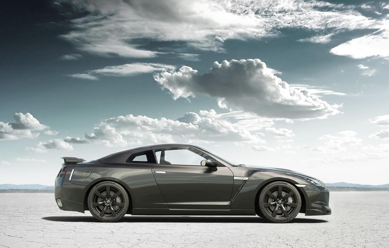 Фото обои песок, облака, тюнинг, Nissan, GT-R, ниссан