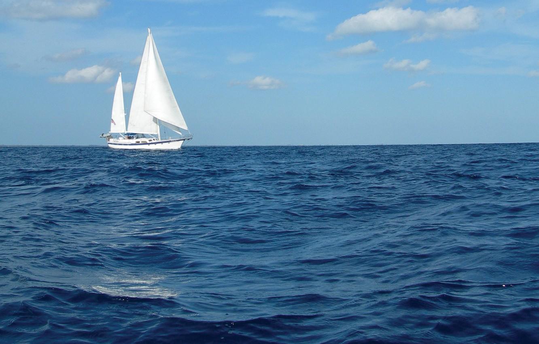 Картинки море и белый парусник