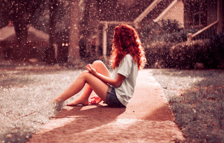 Фото обои red, girl, hair, Rainfall
