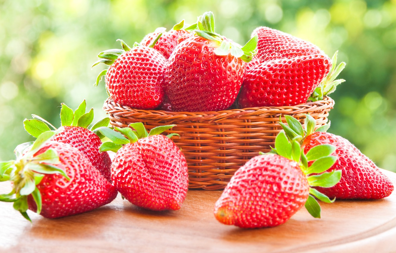 Фото обои ягоды, клубника, red, корзинка, красная, fresh, спелая, sweet, strawberry, berries