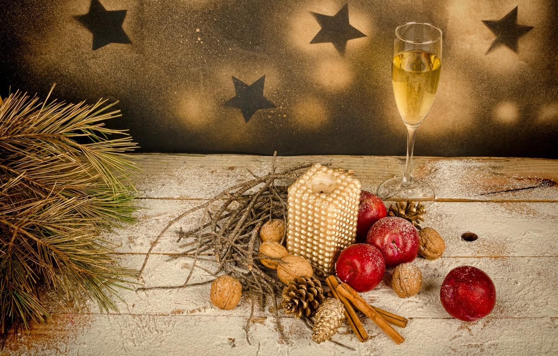 новогоднее яблоко и шампанское цветы фото очень слабенькая, очень