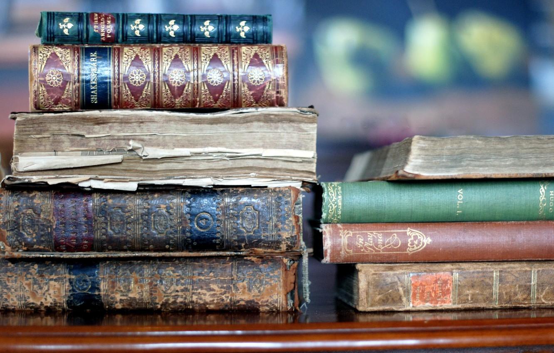 Фото обои макро, книги, старые