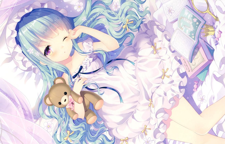 Фото обои книги, сон, корона, конфеты, мишка, девочка, принцесса, чепчик, голубые волосы, art, оборки, зеркальце, Wasabi