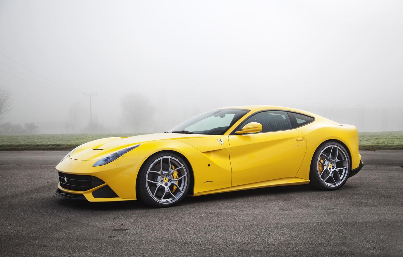 Фото обои Туман, Желтый, Асфальт, Ferrari, Автомобиль, berlinetta, F12