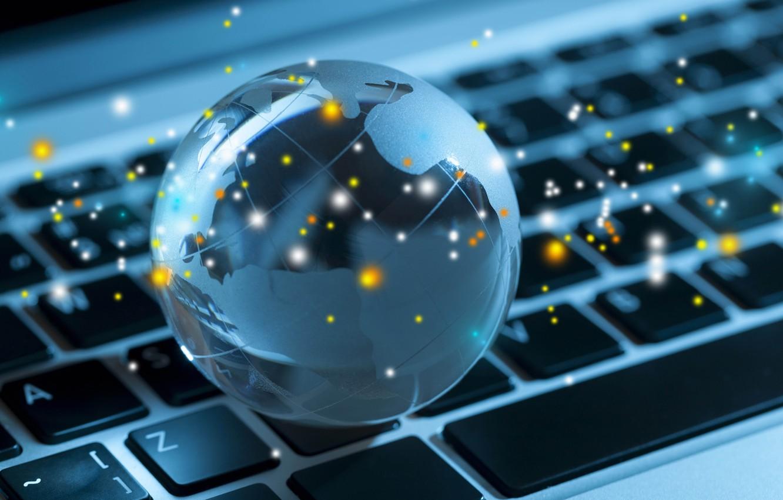 Фото обои компьютер, макро, свет, свечение, размытость, клавиатура, ноутбук, глобус, background, боке, laptop, wallpaper., good idea, планом, …