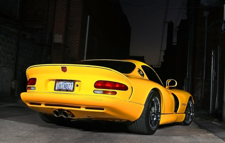 Фото обои ночь, желтый, Dodge, Viper GTS