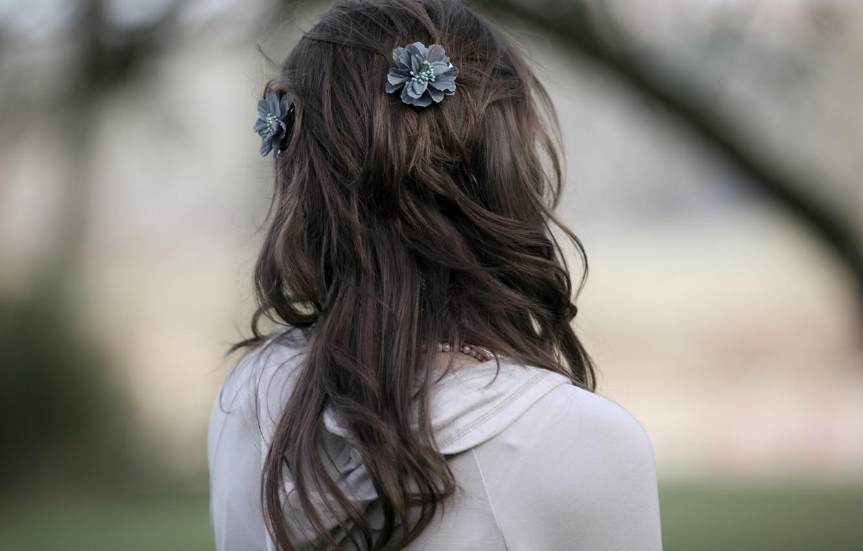 Фото обои девушка, настроение, волосы, спокойствие, спина, тишина, утро, прическа, прогулка, наблюдение, оливия белл