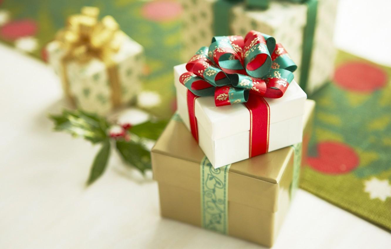 Фото обои праздник, подарок, новый год, рождество, new year, бантик, ленточка, merry christmas, коробочка, сюрприз