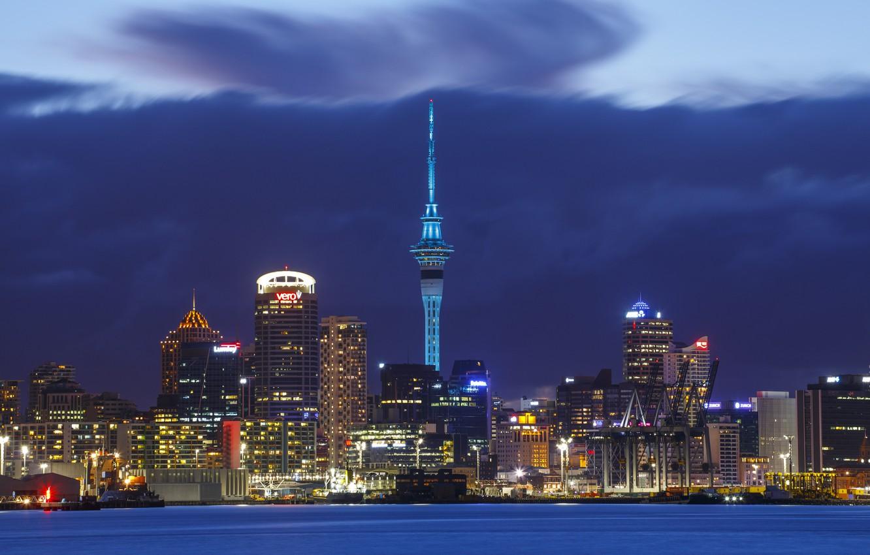 Фото обои гроза, небо, ночь, тучи, city, город, огни, небоскребы, Новая Зеландия, освещение, storm, sky, Окленд, New …