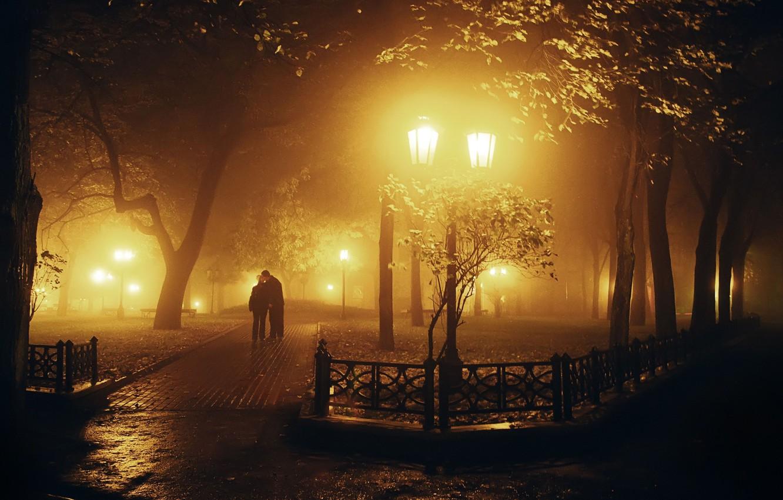 Фото обои листья, девушка, свет, деревья, любовь, ночь, природа, город, парк, фон, отдых, обои, настроения, женщина, чувства, …