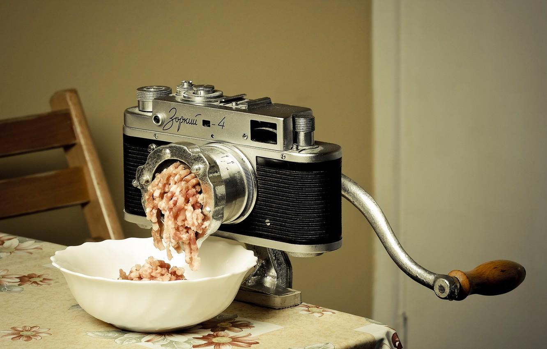 Фото обои фон, фотоаппарат, мясорубка