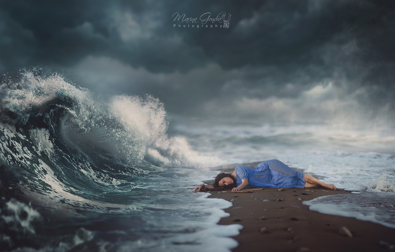 Фото обои море, небо, девушка, dream, волшебство, магия, волна, сон, girl, magic, sea, sand, wave
